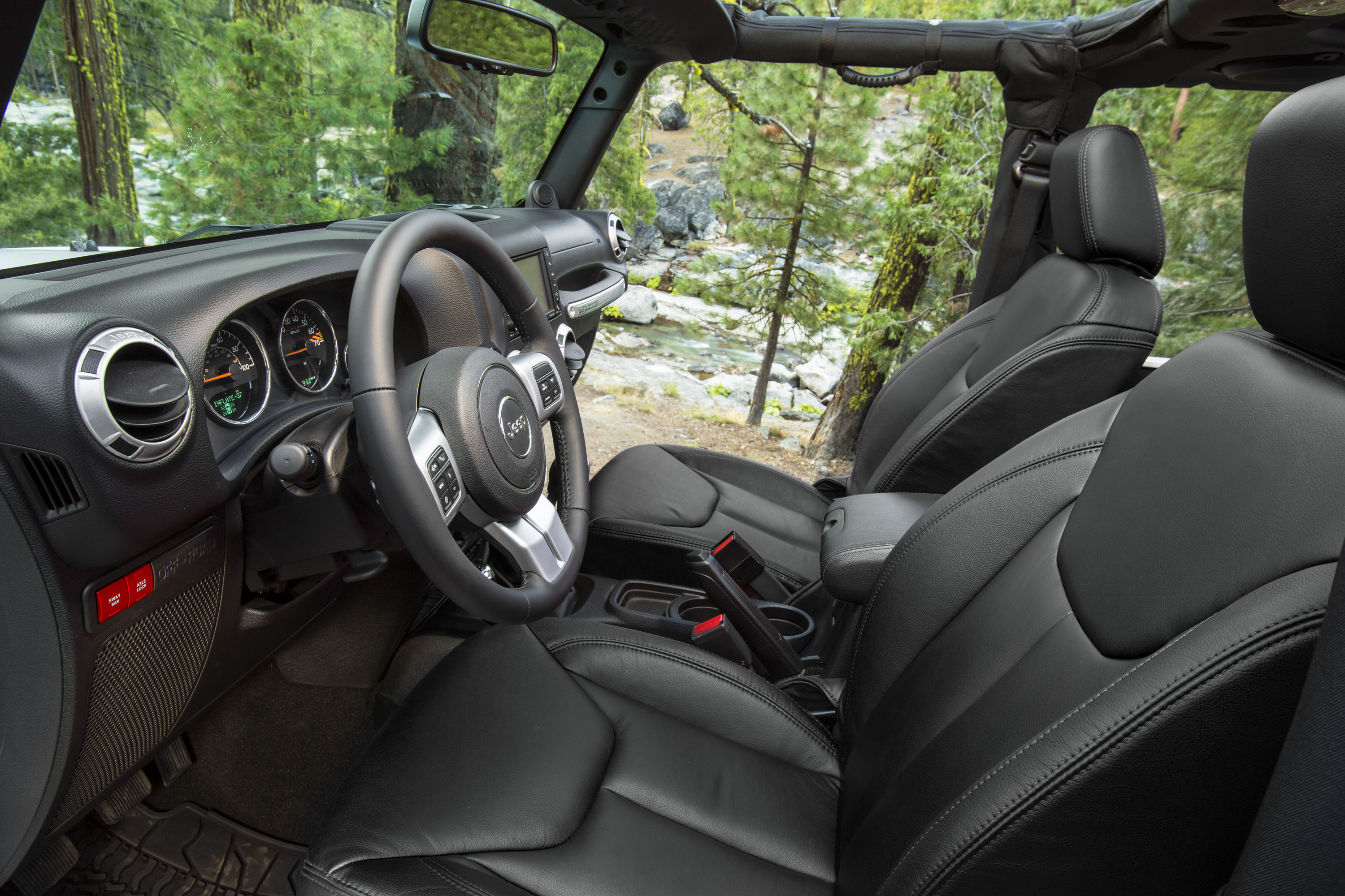 Classic Interior Style Appeals To Jeep Purists